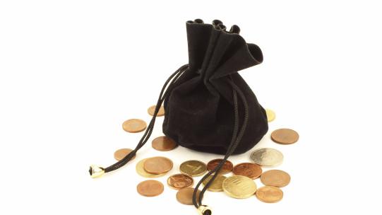 Les sommes versées dans le cadre d'une transaction suite à une démission peuvent être exonérées d'impôt sur le revenu dès lors que la démission, en raison des conditions dans lesquelles elle a été donnée, revêt le caractère d'un licenciement.