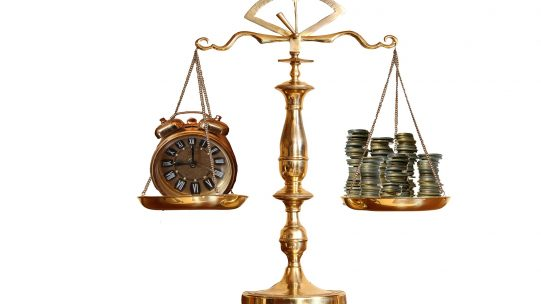L'administration fiscale communiquera le taux individuel de prélèvement à la source (PAS) pour chaque salarié, applicable à son salaire net mensuel imposable. Ce taux aura une durée de validité limitée. Les employeurs devront donc veiller à vérifier la validité des taux appliqués.