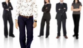 A l'heure de la prise de conscience de l'importance de la qualité de vie au travail, l'égalité professionnelle entre les femmes et les hommes a toute sa place. Pour faire face à cet enjeu, quels indicateurs mesurer ? Comment mettre en place des stratégies et plans d'action efficaces ?