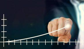 Le gouvernement a confirmé par décret, mercredi 19 décembre, l'augmentation du salaire minimum de croissance (SMIC) pour 2019. Cette hausse légale est réalisée sans coup de pouce. Quels sont les impacts de cette revalorisation en paie ? Comment comparer un salaire au SMIC ?