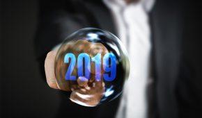 Comme chaque début d'année, plusieurs éléments de salaire sont revalorisés, dès le 1er janvier et de nouveaux dispositifs entrent en vigueur. Voici un récapitulatif des principales nouveautés : Smic, saisies sur salaire, exonérations de cotisations sur les titres-restaurant, PAS, fusion Agirc-Arrco...